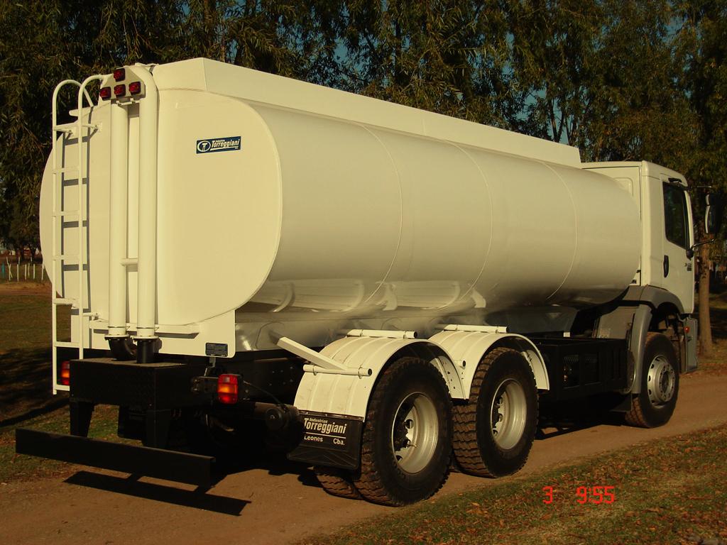 tanque-transporte-agua-b